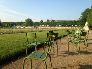 EMPTY CHAIRS AT JARDIN DU TUILERIES