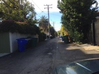 ALLEY WAY IN NORTH SAMO